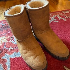 Men's Ugg Boots (size 10)